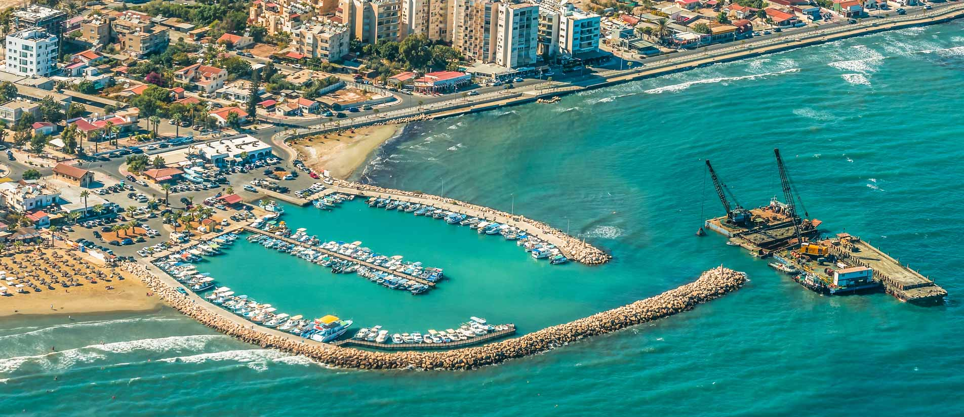CYPRUS24.TAXI: Limassol taxi and beaches of Larnaca